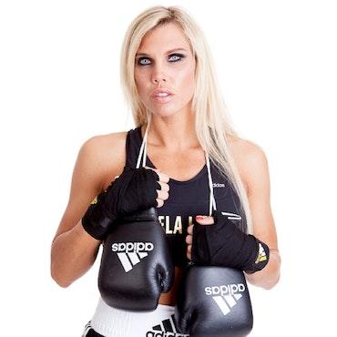 MIKAELA LAURÉN - Världsmästare i boxning, elitsimmare och personlig tränare