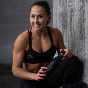 ELIN HÄRKÖNEN - En av Sveriges största träningsprofiler