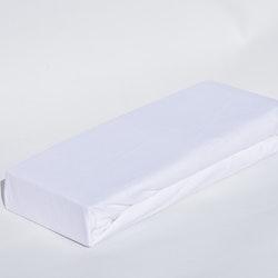 ¨Drapålakan¨. Mått 180 x 200 x 25 cm. Material: 100% bomull.