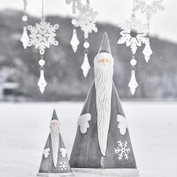 Frostige Frej mini grey ytterligare en underbar liten tomte från Cult design. Färg: Grå och vit.
