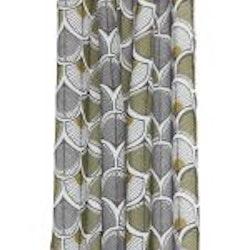 Gardinset med två öljettlängder. Mått 2 x 140 x 240 cm.