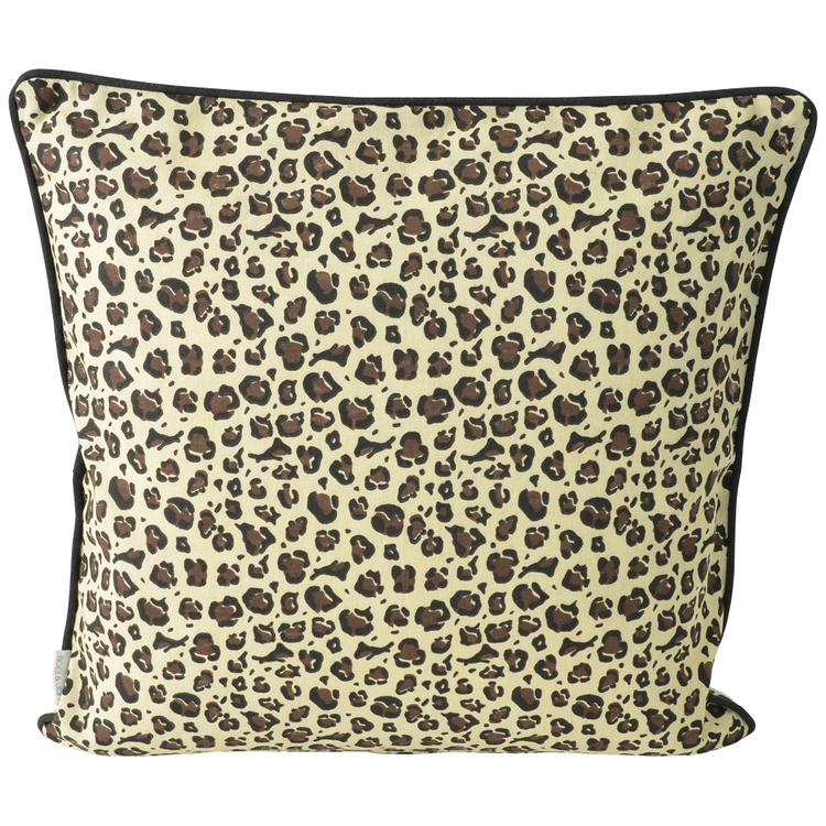 Kuddfodral beige Leopard. Mått 45 x 45 cm.