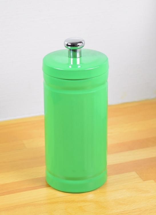 Bomullshållare i plåt. Färg: Grön.