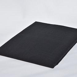 Underlakan från Queen Anne. Mått 150 x 260 cm. Material: 100% bomull.