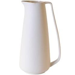 Tillbringare Skagen en ¨Mixa och matchaservis¨i vitt med beigeglaserad insida från Modern house. Mått H 27, D 16. 1800 ml.