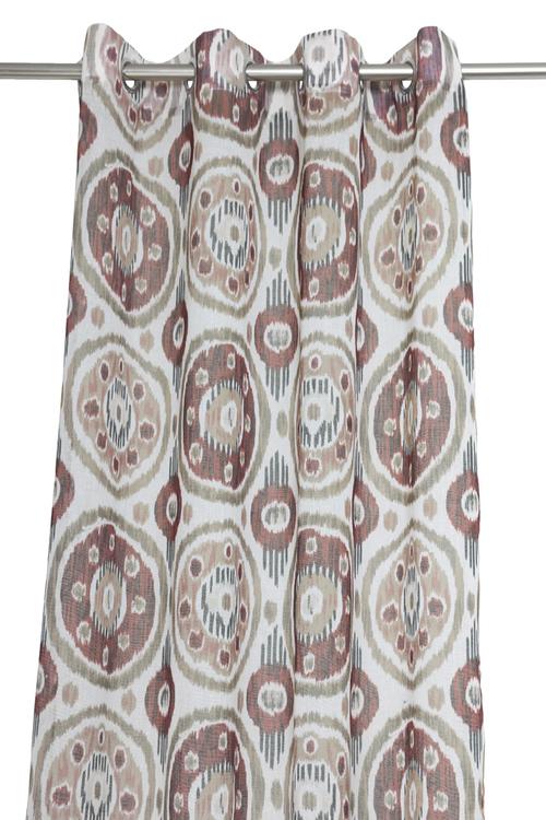 Öljettlängder i tvåpack. Färg: Vit med rost, beige, brunt och svart mönster. Mått: 2 x 140 x 240 cm. Material: 100% polyester.