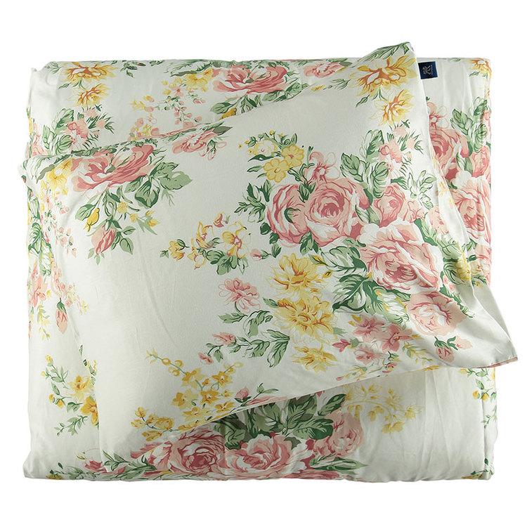 Bäddset Eleonora från Gripsholm. Färg: Off-white med rosa och gula blommor. Mått: 150 x 210 cm. Material: Bomullsatin.