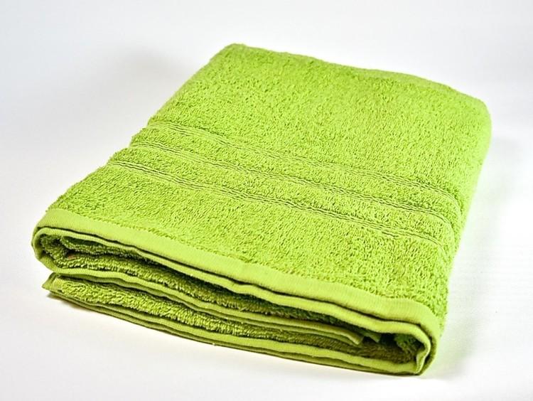 Frottébadlakan Soft från Noble house. Färg: Grön. Mått: 70 x 130 cm.