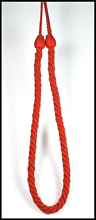 Tassels/Gardinomtag. Färg: Röd. Längd: 90 cm. Material: Bomull.