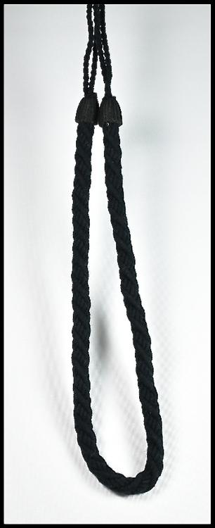 Tassels/Gardinomtag. Färg: Svart. Längd: 90 cm. Material: Bomull.
