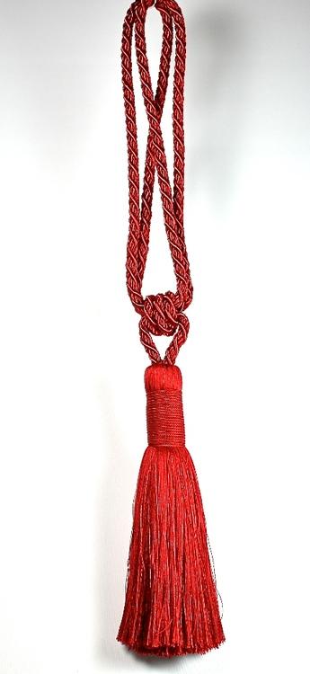 Tassels/Gardinomtag med tofs. Färg: Röd. Längd: 64 cm.