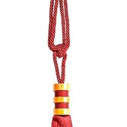 Tassels/Gardinomtag med tofs och trädetaljer. Färg: Röd. Längd: 70 cm.