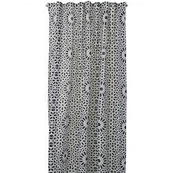 REA! Gardinset Gnistra från Boel & Jan med multiband. Färg: Vit och svart. Mått: 2 x 135 x 240 cm.