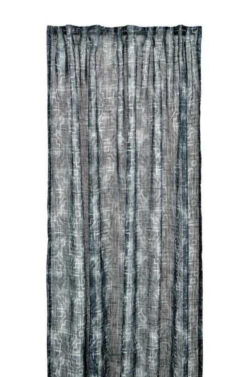 Ethnical ett gardinset med multiband från Boel & Jan. Färg: Mörkblå.