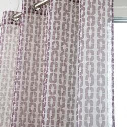 Disa ett gardinset med öljetter. Färg: Off-white och ljung.