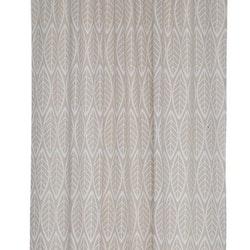 Blade ett gardinset i en lite grövre vävd polyester. Färg: Linnefärgad med tryckta vita blad.