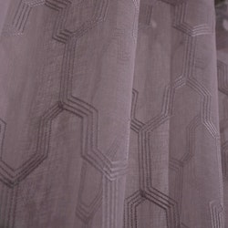 Bern ett gardinset med multiband. Färg: Gammelrosa.