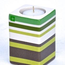 Kub Stripy fore värmeljushållare från Cult design. Färg: Vit, mullvad, och grön..