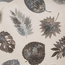 Reinhold ett gardinset i ¨halvbredd¨med dolda hällor. Färg: Grå med bruna och grå löv.