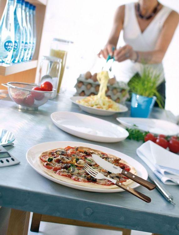 Pizza angels by Tramontina/Modern house ett bestickset i 12 delar. Färg: Handtag i behandlad furu och stål.