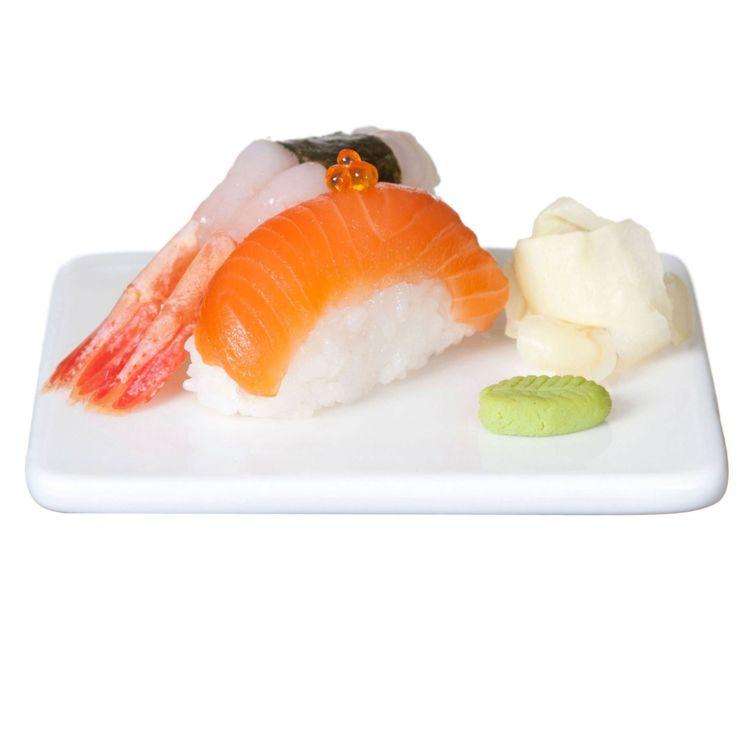 Sushi en assiett i stengods. Färg: Vit.