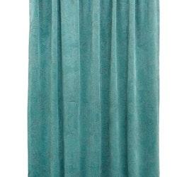 Roma paisley är en gardinlängd i sammet med multiband. Färg: Aqua.
