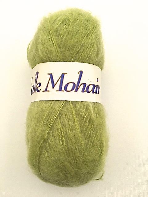 Falk mohair från Falk garn 50 gr. Färg: Grön.