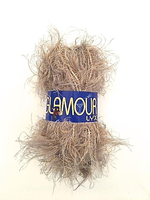 Glamour lyx från Falk garn 50 gr. Färg: Gråbeige melerad.