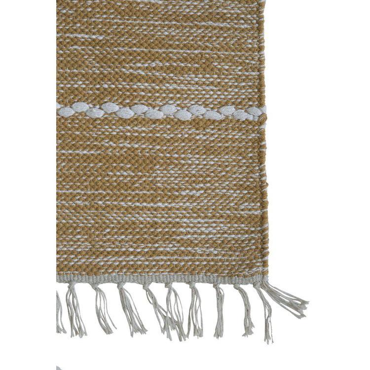 Lotten en bomullsmatta, mått 160 x 230 cm, art.nr 9533-67-033. Färg: Gul och vit.