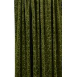 Pavia, 240 cm en multibandslängd i sammet. Färg: Grön.