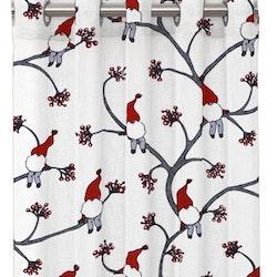 Klättertomten ett gardinset med öljetter från Redlunds. Färg: Vit med små tomtar i rött, grått och vitt.