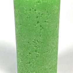 Blockljus i stearin. Färg: Grön.