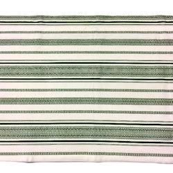 Gardinkappa på metervara med kanal. Höjd 50 cm. Färg: Grön och vit.