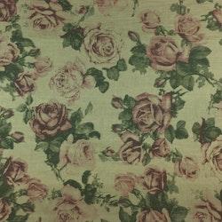 Gardinkappa på metervara med kanal. Höjd 45 cm. Färg: Gröngul med gröna blad och rosa rosor.