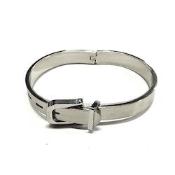 Armband i stål med spänne. Art.nr: H 02033. Färg: Stål.