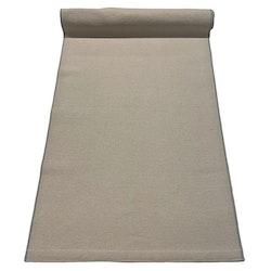 Celsius en löpare i bomull från Noble house. Färg: Beige med grå kanter.