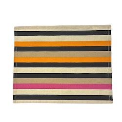 Tablett i bomull. Färg: Randig med ränder i beige, rosa och svart.