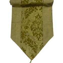 Löpare i orientalisk stil i blanka textilier. Färg: Grön.