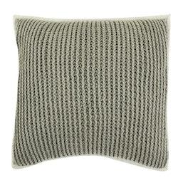 Pure knitted ett stickat kuddfodral i 100% bomull, art.nr: N891744-04. Färg: Grå.