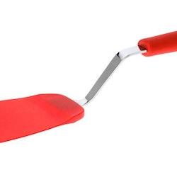 Stekspade i silikon från Kitchen essentials. Färg: Röd och metallfärgad.