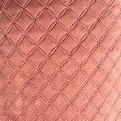 Thori ett mjukt överkast till dubbelsäng i sammet. Färg: Rosa.