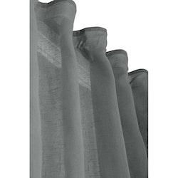 Boelo ett gardinset med multiband med lite extra längd. Art.nr 1028-20-010. Färg: Grå.