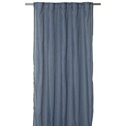 Boelo ett gardinset med multiband med lite extra längd. Art.nr 1028-20-008. Färg: Blå.
