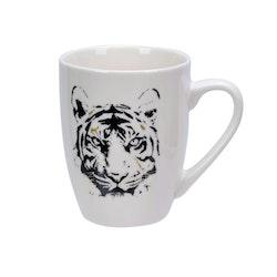 Wild animals en kaffe/te/chokladmugg från Modern house. Färg: Vit med svart tryck.