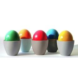 Popp en äggkopp från modern house. Färg: Mörkgrå.