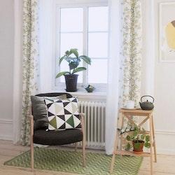 Körsbärsblom en multibandslängd. Färg: Vit med en blomslinga i gröna och gula toner.
