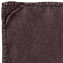 Lovly en kökshandduk i tvättat mjukt linne. Färg: Lila.