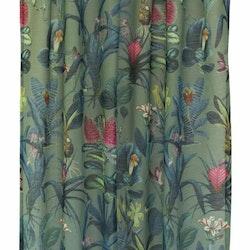 Tropy ett gardinset med multiband. Färg: Grön botten med blandade färger bladen och blommorna.