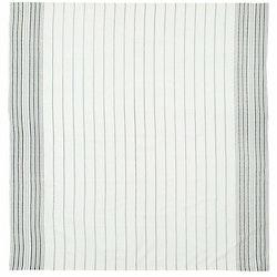 Kitchen en bordsduk i linne och bomull. Färg: Off-white och svart.