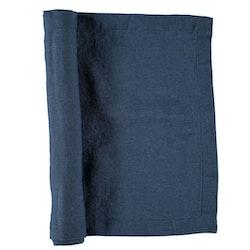 Löpare i tvättat linne från Gripsholm. Färg: Marinblå.